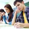 Tuyển sinh đại học ở các nước: Trắc nghiệm hay tự luận?