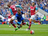 Thẻ đỏ tai hại, Vardy và Leicester City đều gặp khó