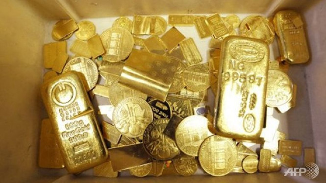 bars-coins-and-other-gold-afp_MKVU