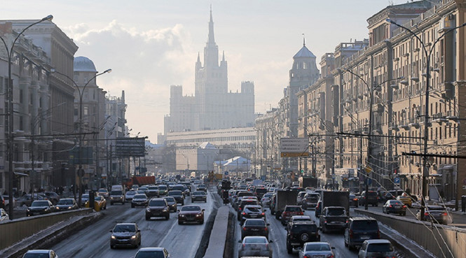 moscow-russia-economy-reuters_EJCW