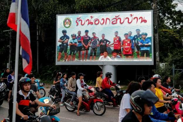Toàn bộ 12 cậu bé người Thái và huấn luyện viên đã được cứu sống