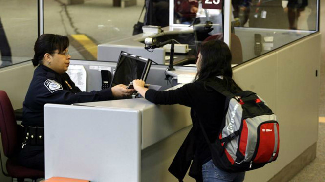Du học sinh tại Mỹ có thể phải xin visa hằng năm